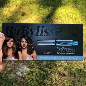 """BaBylissPro Nano Titanium Prima2000 3/4"""" mini iron"""